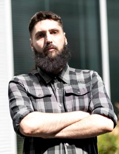 MADFINGER Interview: Konstantinos Rossidis